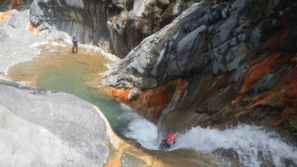 Bras-Rouge-canyoning-canyon-1