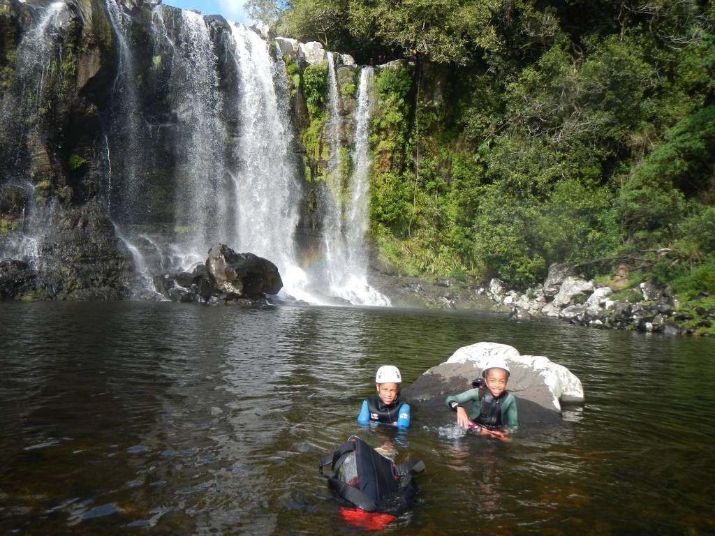 Le canyon de Sainte Suzanne intégralou Bassin Boeuf avec un guide d'ADVENTURES REUNION