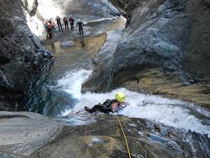Bras-rouge-canyon-canyoning-REUNION-2